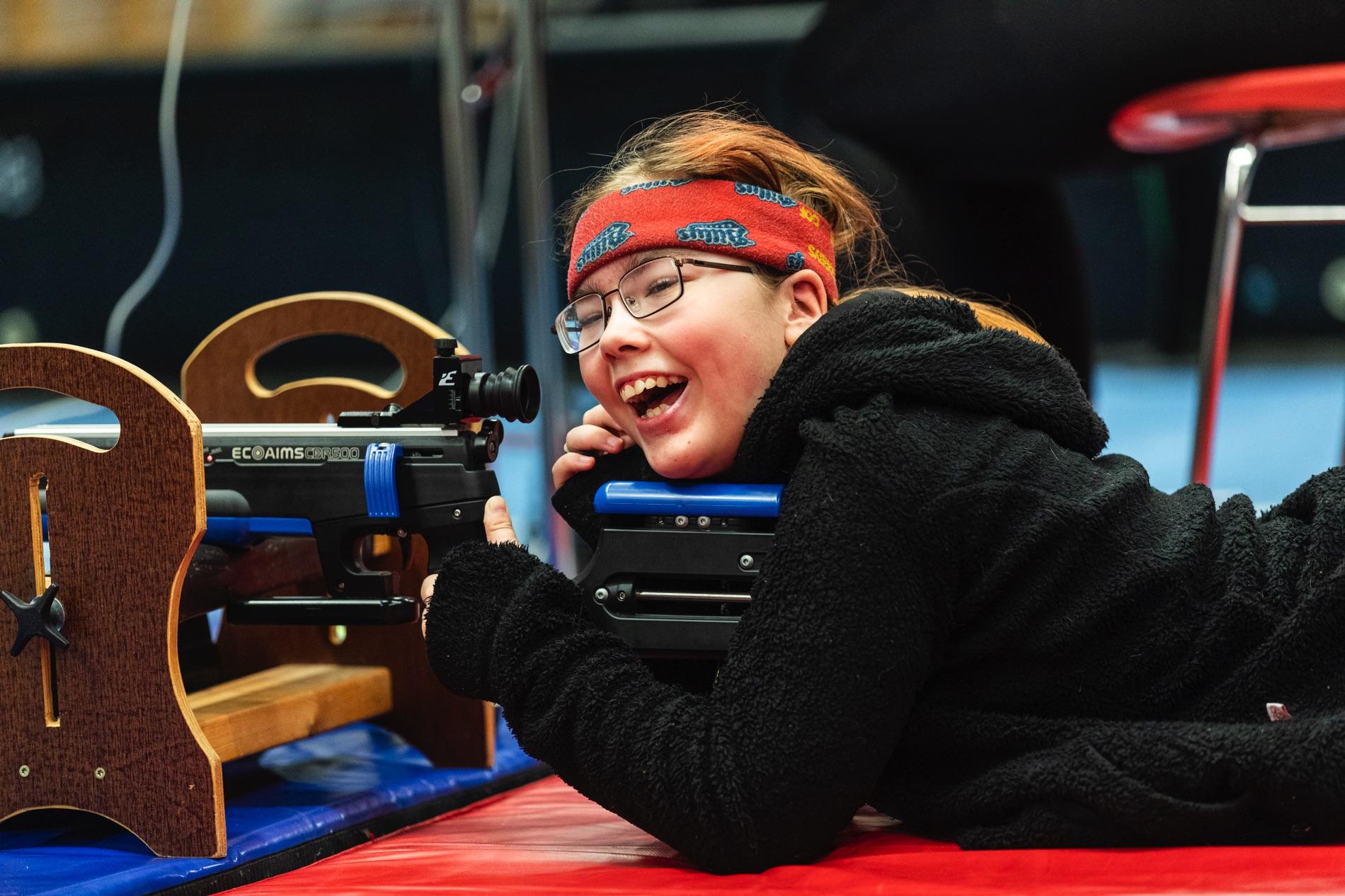 På Special Olympics School Days i Järfälla fanns bland annat löpskytte med på programmet.